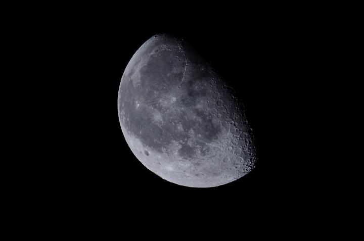 moon_150312_01.jpg