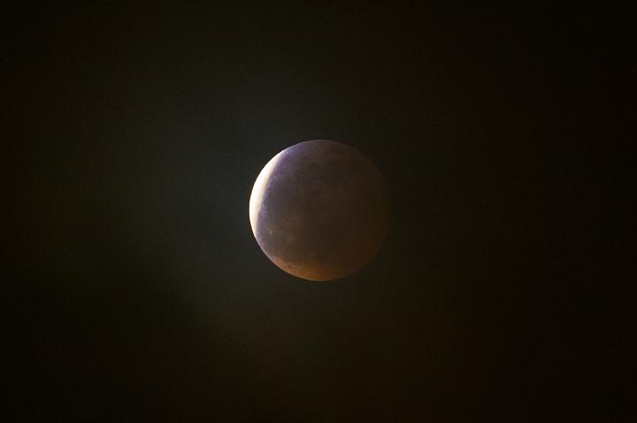 moon_150404_01.jpg